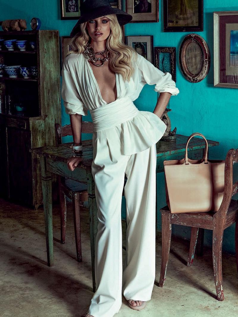Vogue-Brazil-January-2014-Candice-Swanepoel-12